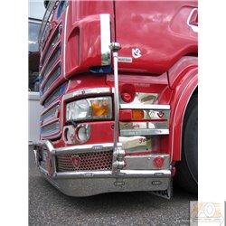 Scania* Aufstieg mit Schriftzug,weiteren Logos (Auswahl: Markenschriftzug, Greif; V8)