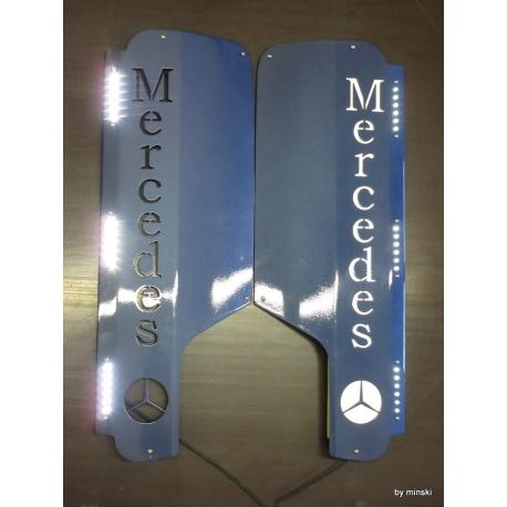 Mercedes* MB 4 Spiegel Applikation mit Logo und LED-Öffnung