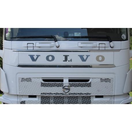 Volvo* Maske Edelstahl Schriftzug 115mm lang Geklebt