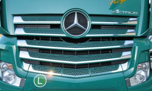 Mercedes MB4 Maske Grill 2